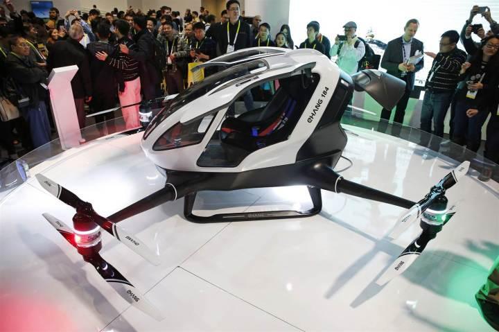 160108-ehang-drone-mn-0955_a27bf747bd3bbad7e762babbdfd79c99.nbcnews-ux-2880-1000